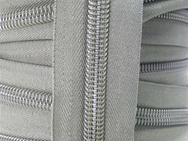 Nylon Zipper Long Chain No.10 (25)